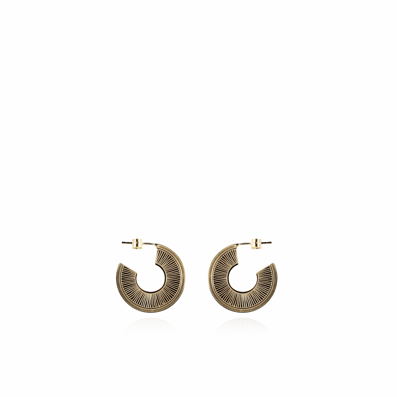Golden classic round shell earrings