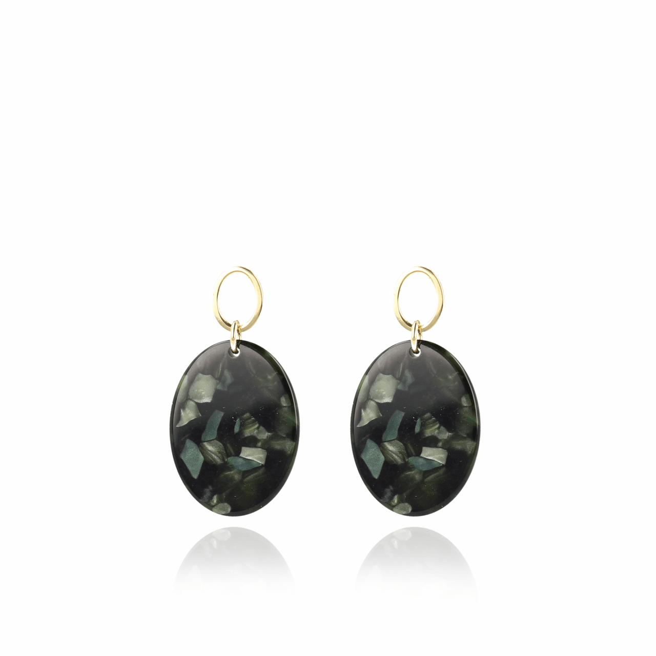 Mix green black resin closed oval S earrings