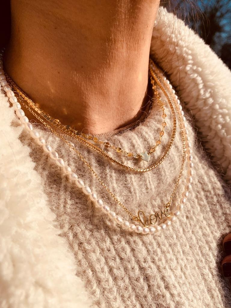 Gouden ketting Limited symbol love