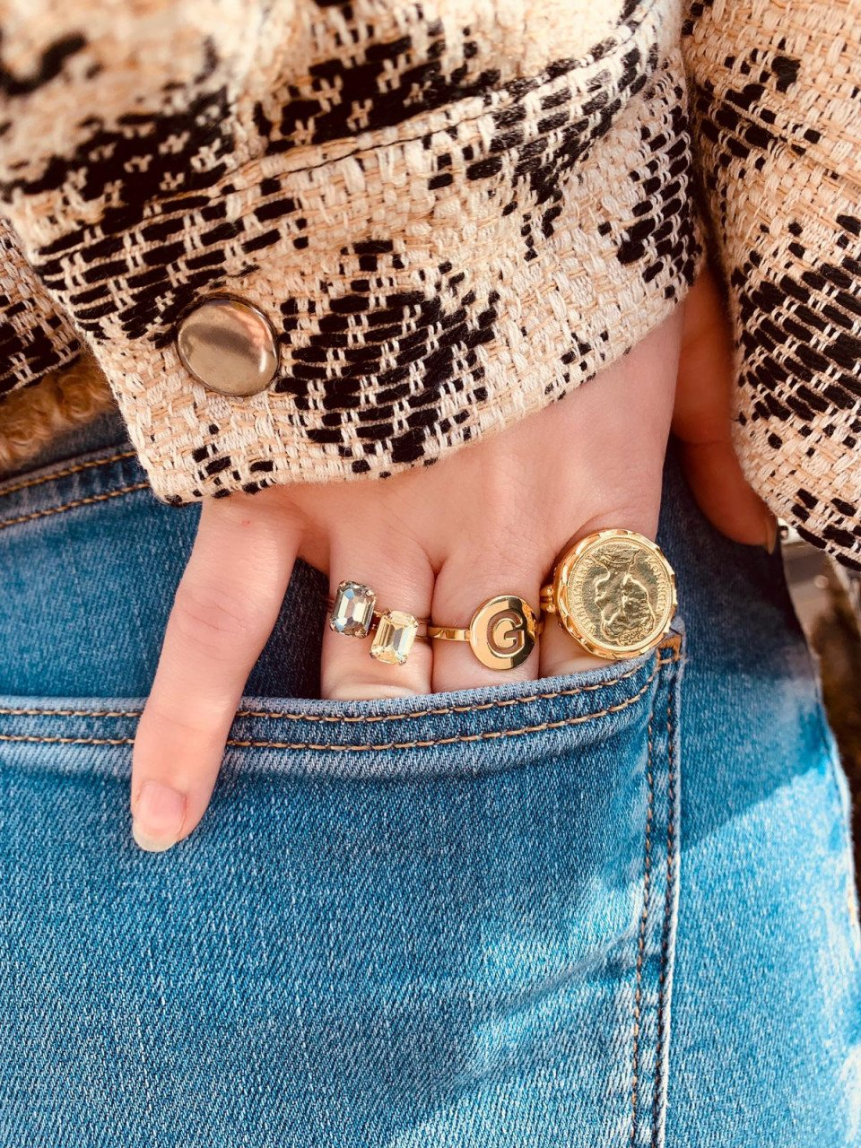 Vintage Coin L Ring Gold