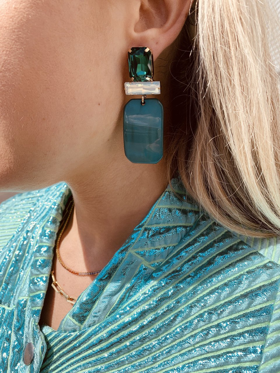 Abigail resin rectangle M petrol earrings