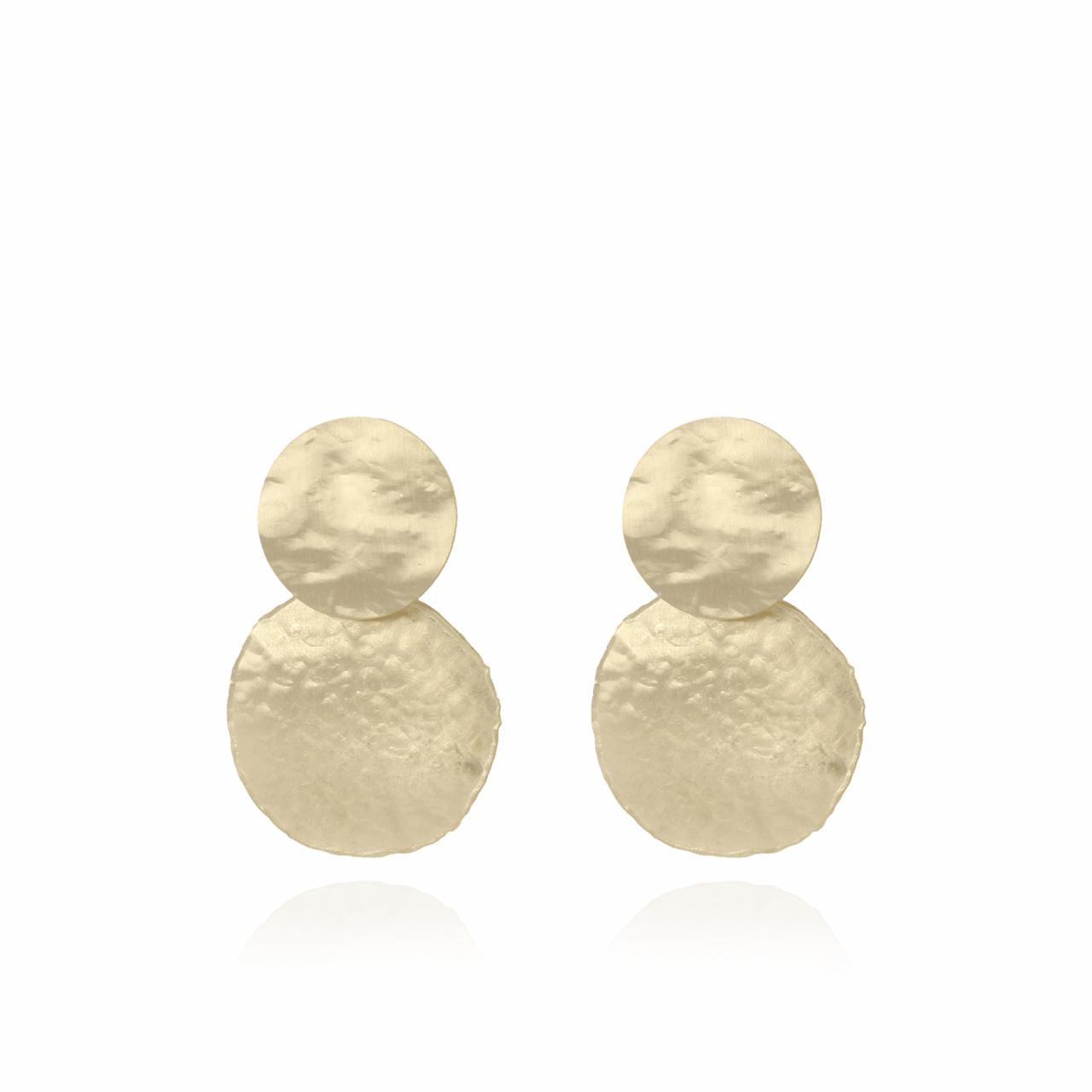 Golden round hammered S earrings