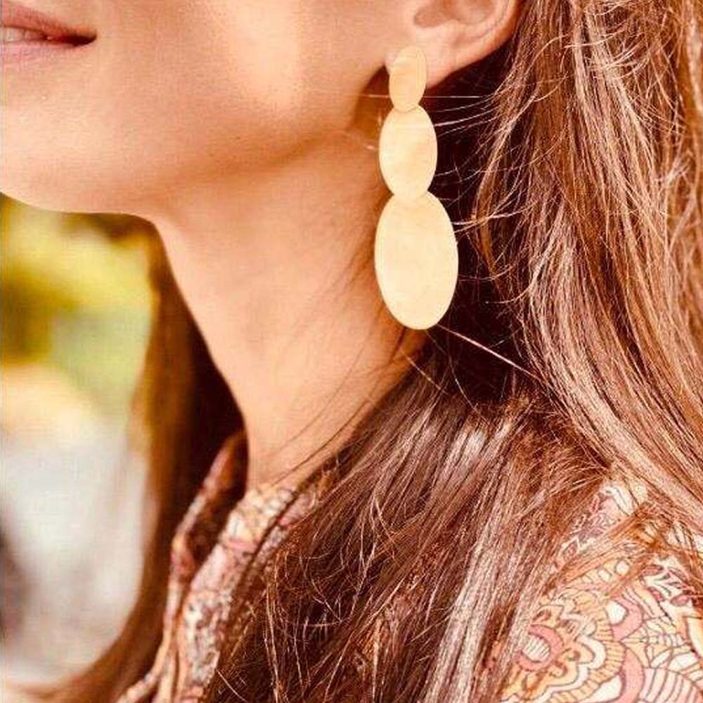 Classic double closed oval earrings