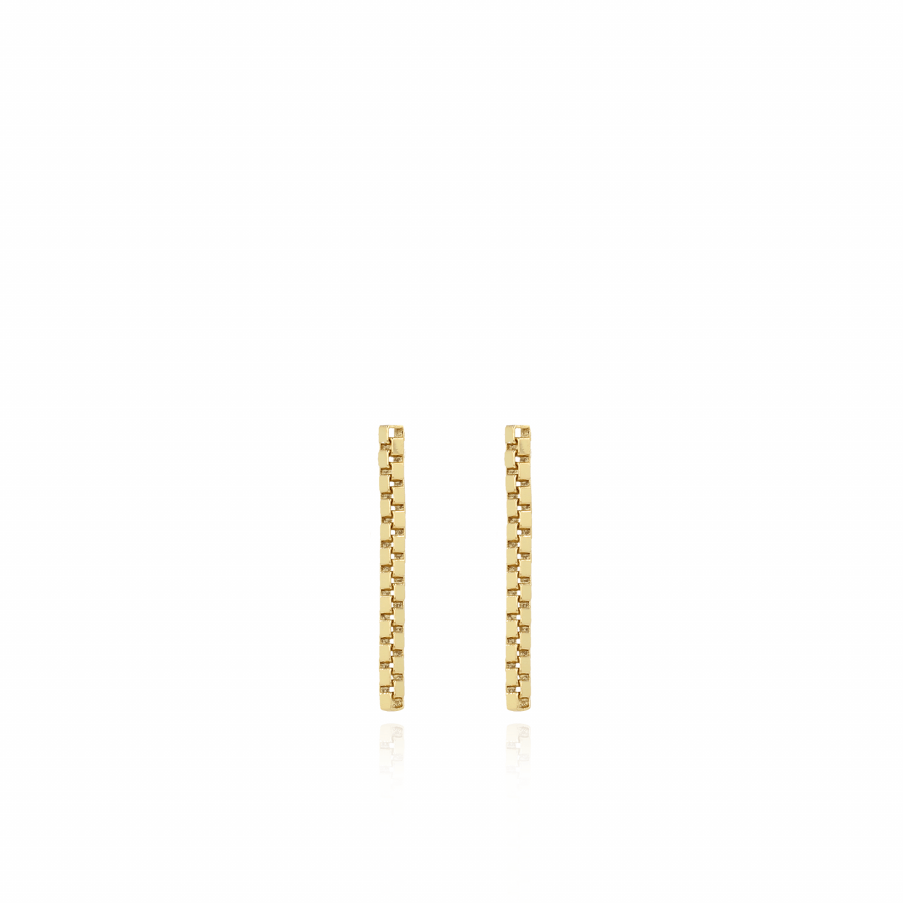 Classic venetian M earrings