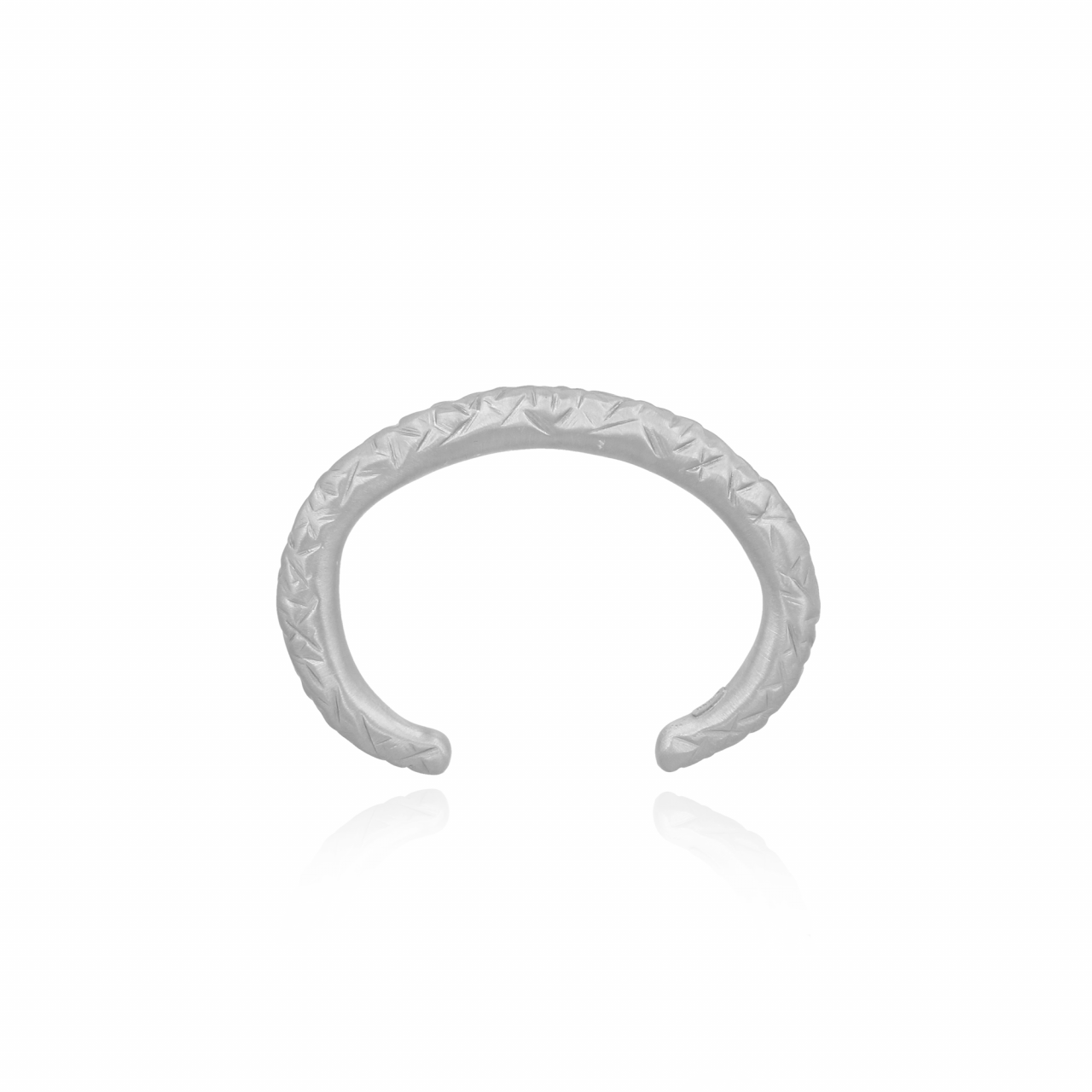 Bangle Clay Treated M Bracelet Silver