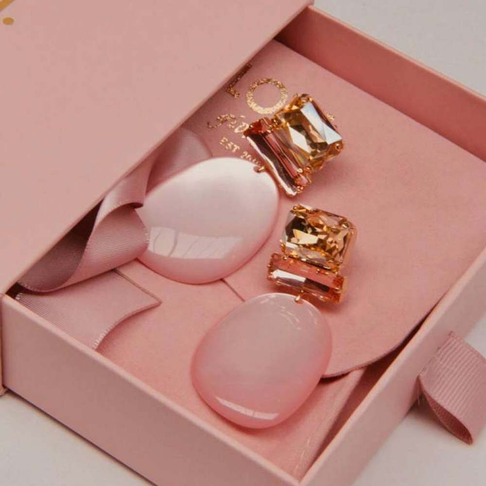 Pernille assymetric oval L milky pink